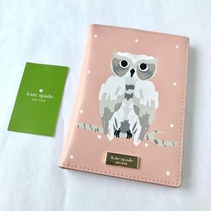NWT Limited Edition Kate Spade Passport Holder 🦉